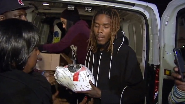 Willie Maxwell Fetty Wap distributes Thanksgiving turkeys in Patterson