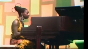 Nina Simone - I Wish I Knew How It Would Feel To Be Free