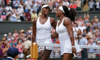 Venus and Serena Williams in Wimbledon in 2015